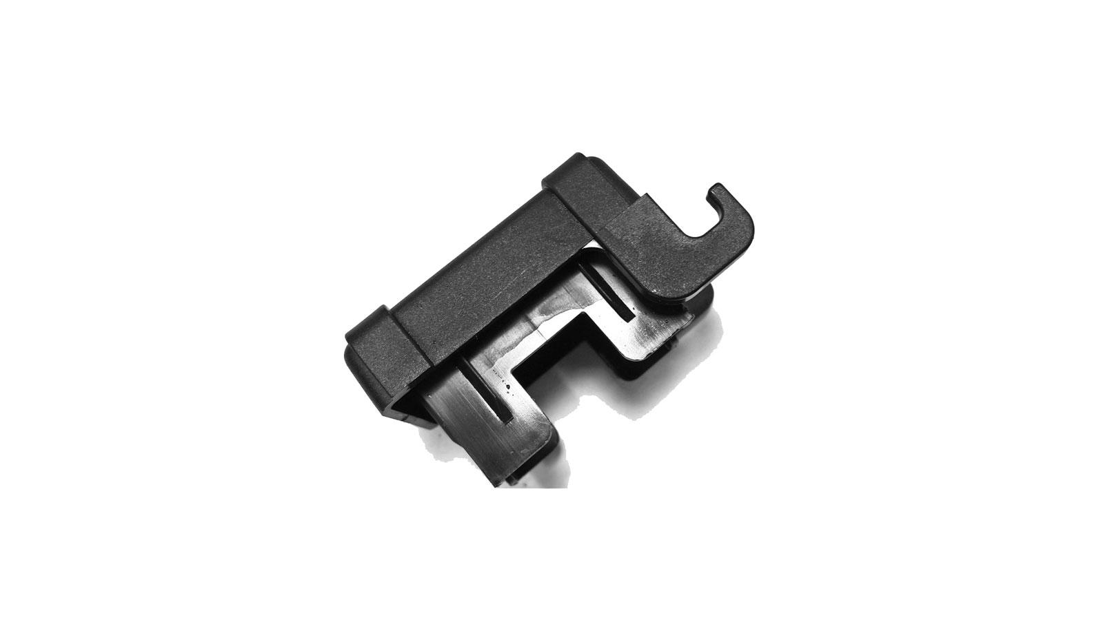Kunststof-afsluitdop-60x40-mm-omsteek-met-ophanghaakjes-2